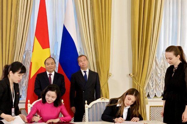 Việt Nam và Nga ký văn bản hợp tác du lịch tại thủ đô Moscow nước Nga