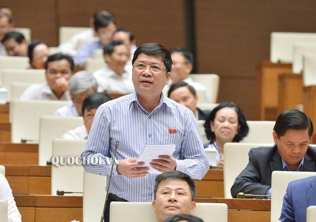 Đại biểu Tạ Văn Hạ nêu con số, chỉ riêng tháng 4/2019, hơn 6 tấn ma túy đã bị phát hiện, bắt giữ.