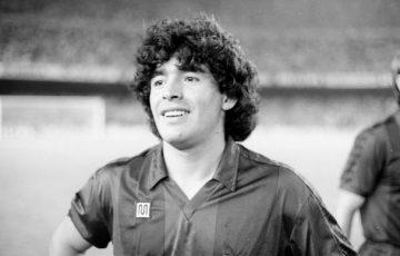 Huyền thoại Diego Maradona qua đời ở tuổi 60 tại nhà riêng